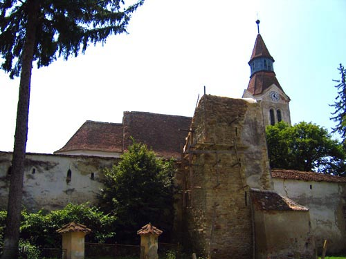 Bunesti Fortified Church